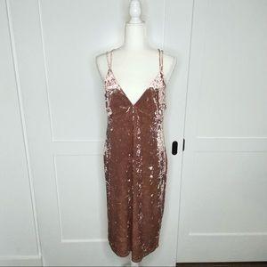 Forever 21 crushed velvet mauve midi strappy dress